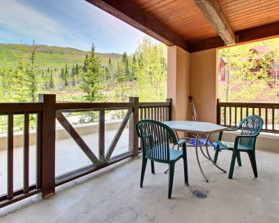 Ski-in/ski-out mountain view condo with a shared pool, hot tub & game room! - Salt Lake Mountain Resorts