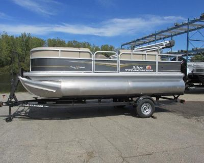 2022 Sun Tracker Party Barge 18DLX
