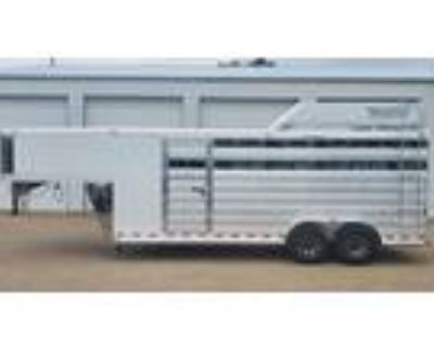 2022 Twister 4H slant 20' stock load w/front tack - ON ORDER 4 horses