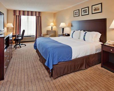 Holiday Inn Hotel & Suites Overland Park - Convention Center, an IHG Hotel - Overland Park