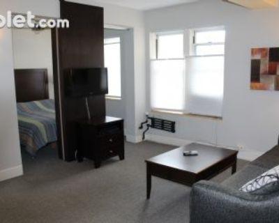One Bedroom In Milwaukee