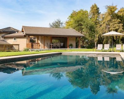 Beautiful Central Coast Guesthouse with Private Pool and Hot-Tub - Arroyo Grande