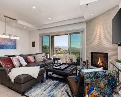 Canyons Village Luxury Townhome 3 Masters + Amenities - Park City