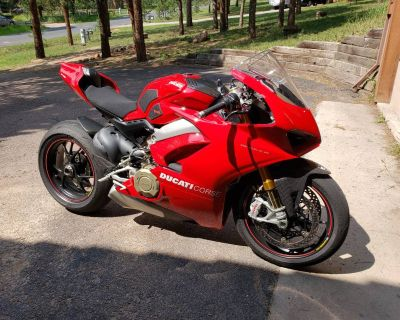 2018 Ducati SUPERBIKE PANIGALE V4 S