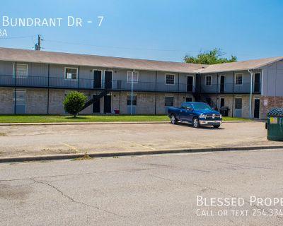 Apartment Rental - 1409 Bundrant Dr