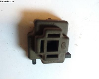 Early headlight plug for parts