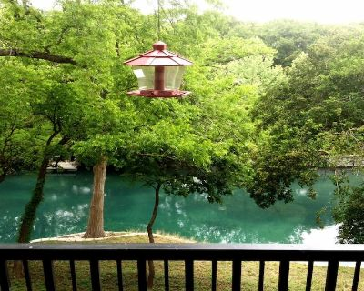 The Float Inn 2 at Camp Warnecke on the Comal River - New Braunfels