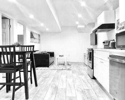 Cozy 1 Bedroom Basement Apartment With Free Wifi/netflix - Alcona