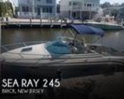 24 foot Sea Ray 245 Weekender