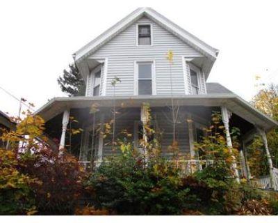 3 Bed 1.0 Bath Foreclosure Property in Binghamton, NY 13905 - Saint John Ave