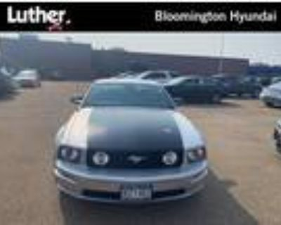 2006 Ford Mustang Silver, 118K miles
