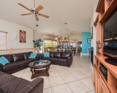 Hot Tub, garage, 5 bedroom beach house, North Beach, Hollywood