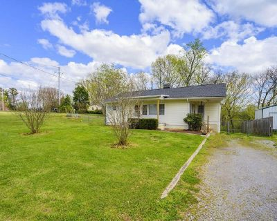 Duck River View! Great 2br 1ba Home.. Investment property!