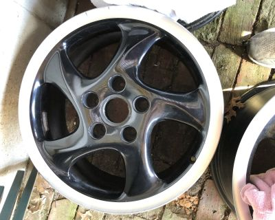 """18"""" Rims 8.5 x 18 and 10 x 18"""