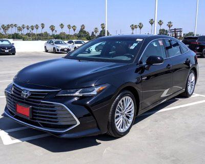2021 Toyota Avalon Hybrid Limited FWD (Natl)