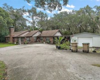 2132 Lake Griffin Rd, Lady Lake, FL 32159 3 Bedroom Apartment