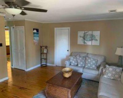 980 W Beach Blvd, Gulf Shores, AL 36542 3 Bedroom House