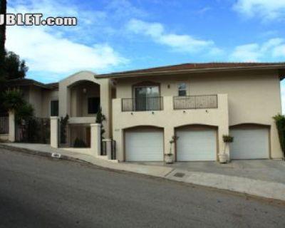 $6500 5 single-family home in San Fernando Valley