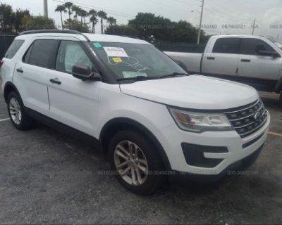 Salvage White 2017 Ford Explorer