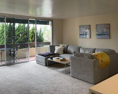 Private room with own bathroom - La Jolla , CA 92037