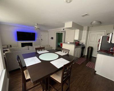Elegant Luxurious 2 Bedroom suite - North Druid Hills