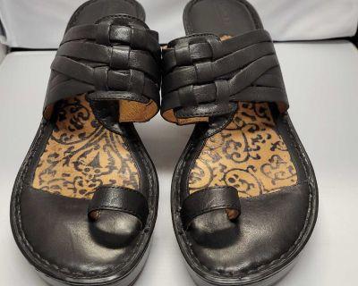 EUC Born Slide-on Sandals; size 11M