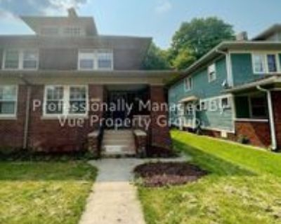 4048 Carrollton Ave, Indianapolis, IN 46205 3 Bedroom Apartment