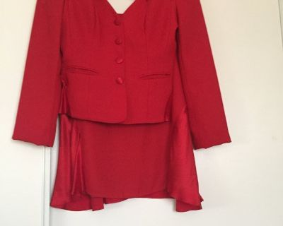 Womans 2PC Skirted Suit