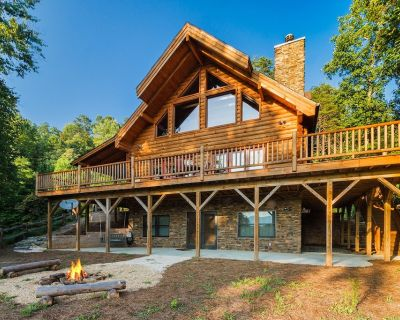 Peaceful Paradise secluded mountain log cabin with scenic view and game room - Whittier