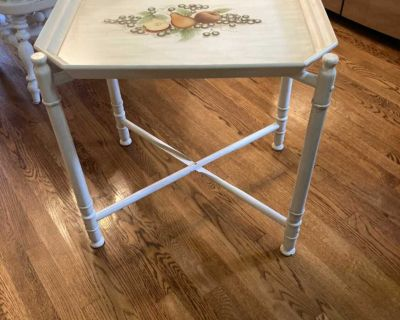 Beautiful Side Tray Table