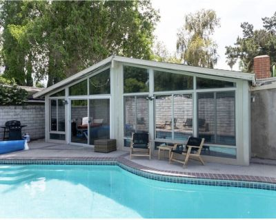New remodeling pool house private use 4+2 all house in private use - Reseda