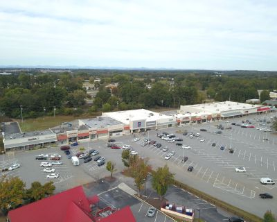 College Square Retail Space For Lease