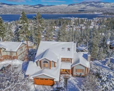 Valley View Cabin,Lake view, 6 bedrooms, Hot tub, walk distance to village - Big Bear Lake