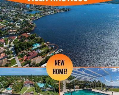 23% OFF! SWFL Rentals - Villa Nautilus - Stunning Riverfront View Pool Home - Yacht Club