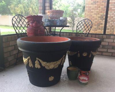 New - (11) Plant Pots/Planters