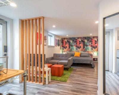 Modern Alberta Arts Studio with King Bed - Vernon