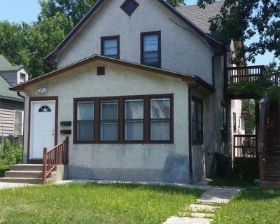 Apartment Rental - 3525 18th Ave S