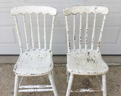 Cute Vintage Wooden Chairs