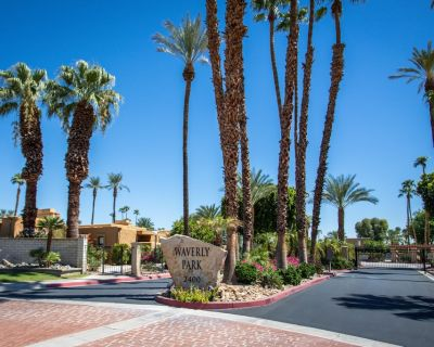 Waverly Park, 3 Pools, Hot tubs, Roof Top Terrace w/views, 30 day+ - Palm Springs