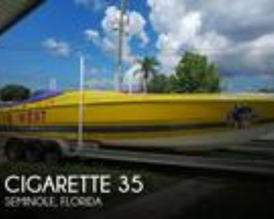 35 foot Cigarette 35 Cafe Racer