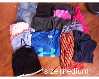 Medium Clothes Lot