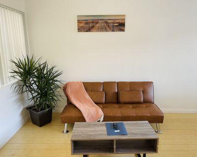 Cozy and affordable Studio West LA/Santa Monica close to Beach,UCLA,SMC - Sawtelle