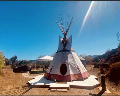 Tipi Glamping with private Hot Tub in Santa Monica Mountains! - Los Angeles County