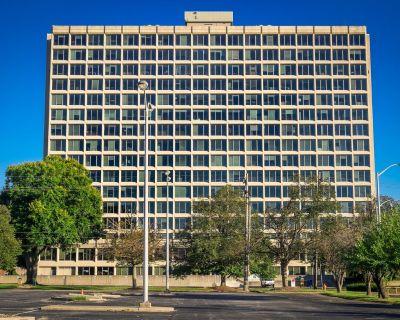 Watterson Office Park - Watterson Tower