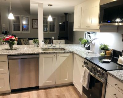 2-Bedroom Apartment in Historic Capitol Hill House - Eastern Market