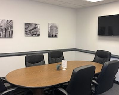 Private Meeting Room for 8 at The IncuHub