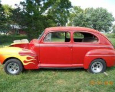 1941 Ford Tudor Super Deluxe