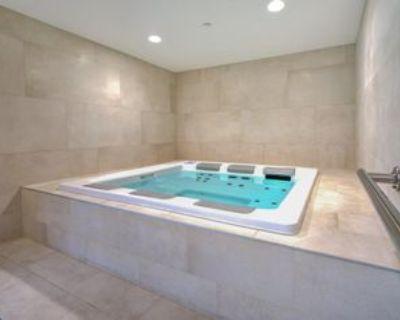 1310 Boul Ren -L vesque O, Montr al, QC H3G 0B8 2 Bedroom Apartment