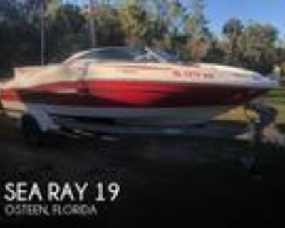 19 foot Sea Ray 19