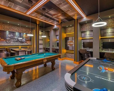 Grand 11 Bdrm Villa with Games Room at Encore - Four Corners